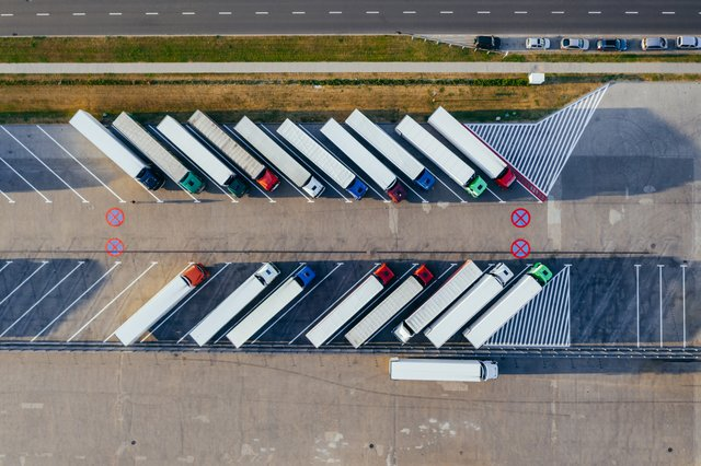 air view of trucks parked for shipping - Freight Transport Quotes